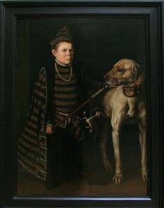 473px-Antonio_Moro-Le_nain_du_cardinal_de_Granvelle_tenant_un_gros_chien-1549-53